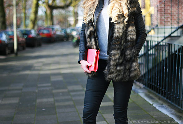 fur, fake, clutch, nike, air, max, accessories, fashion, blogger, black,