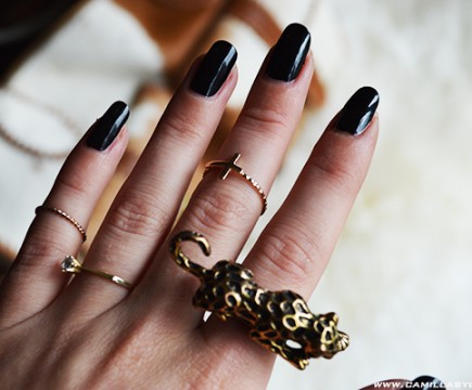 bali, nails, knuckle, rings, polish, tiger